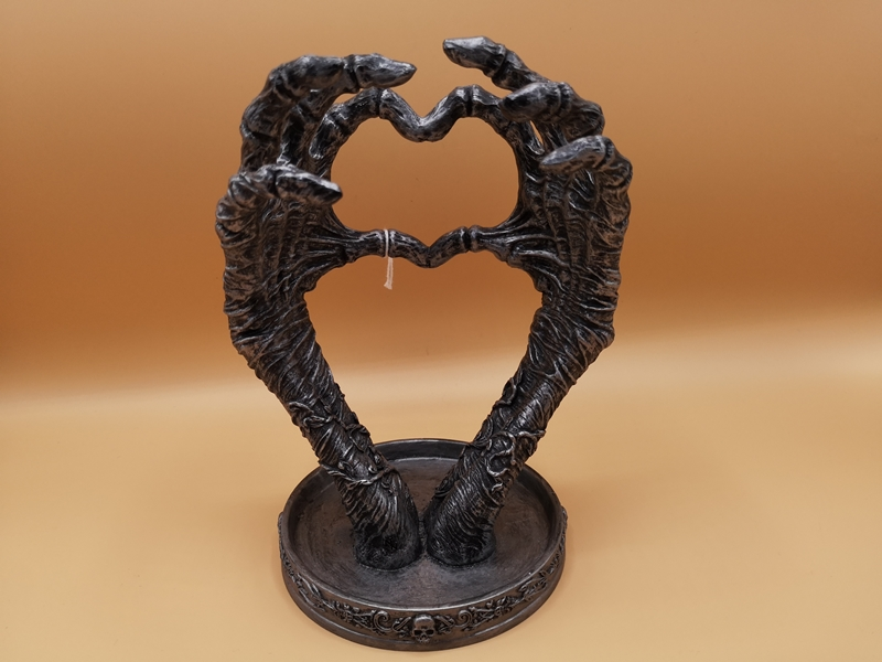 Gothic Love Heart Hands Jewellery Holder